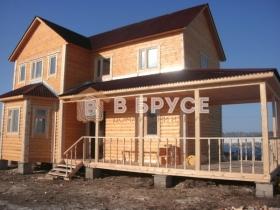 дом с вместительной террасой