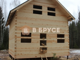 Дом в полтора этажа из профилированного бруса под крышу