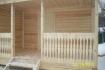 терраса с перилами из дерева